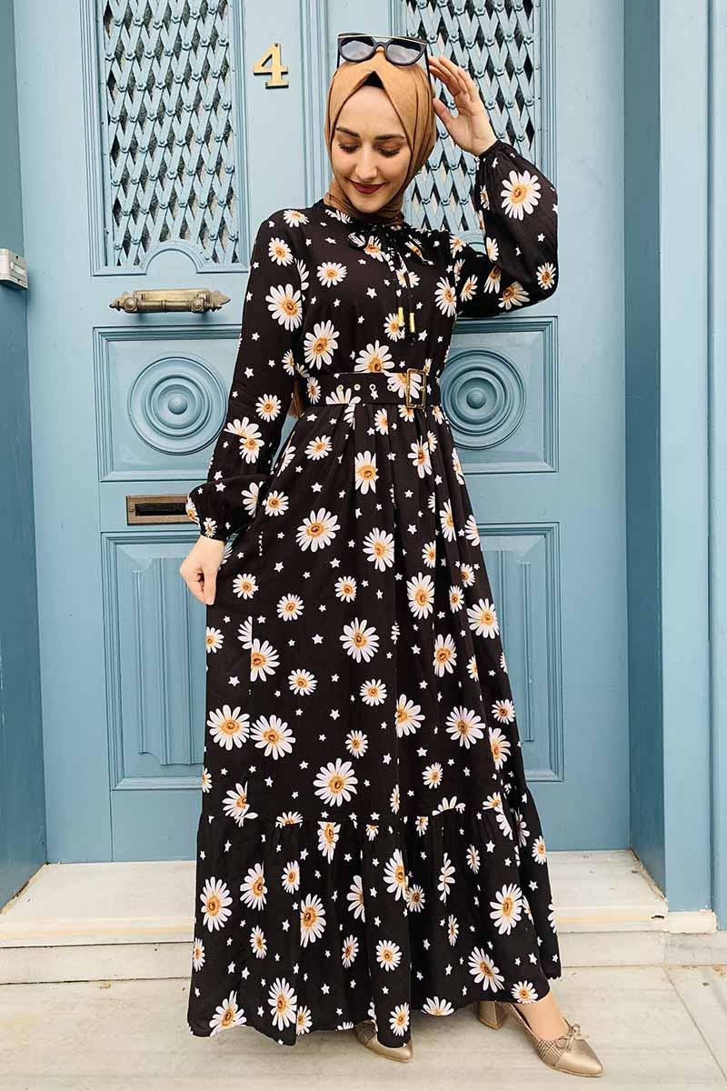 Kemer Detaylı Desenli Tesettür Elbise Siyah