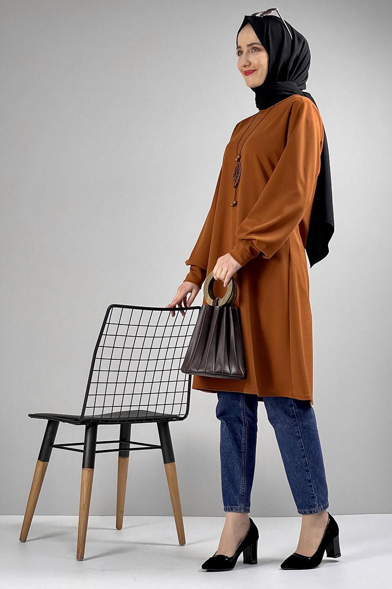 Moda Pinhan - Kolye Detaylı Tesettür Tunik Taba (1)