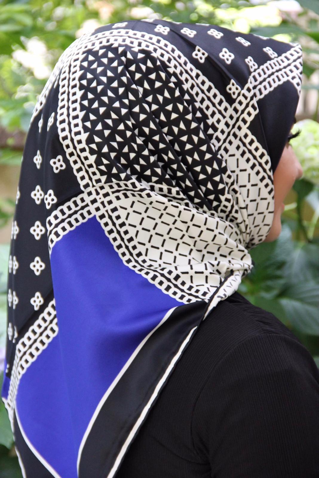 Moda Trend Desenli Eşarp Saks